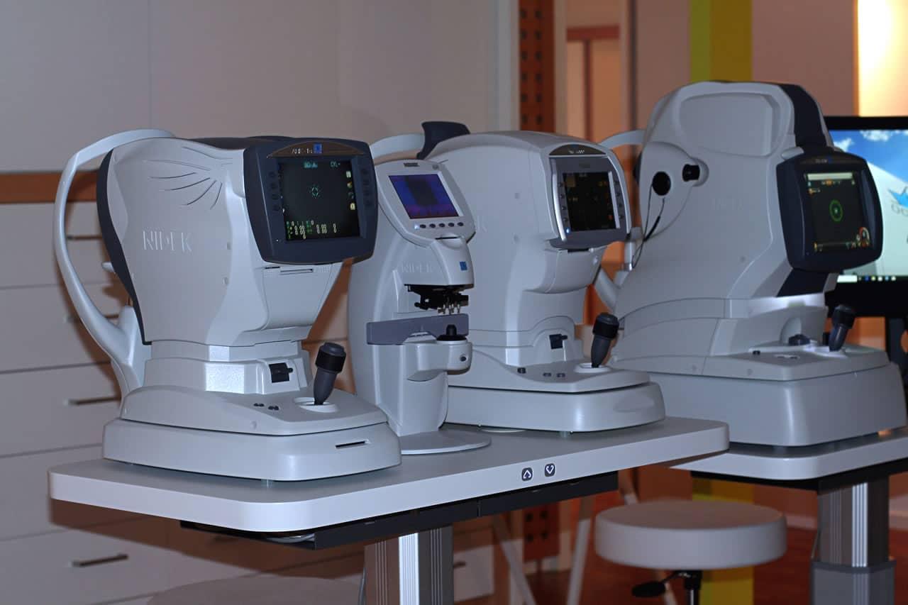 Refraktometer, Scheitelbrechwertmesser, Non-Contact-Tonometer, OCT zur Fundusfotografie
